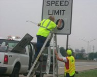 Changing speed limit sign