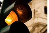 Yellow light by Fazen/Flickr